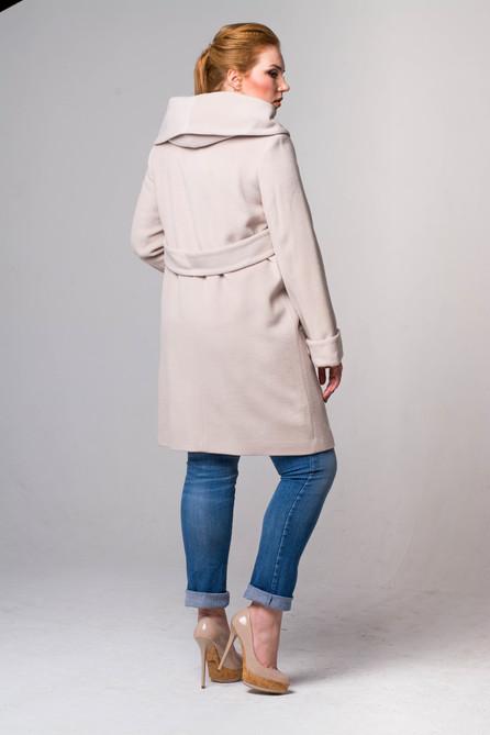 Пальто сваггер жемчуг