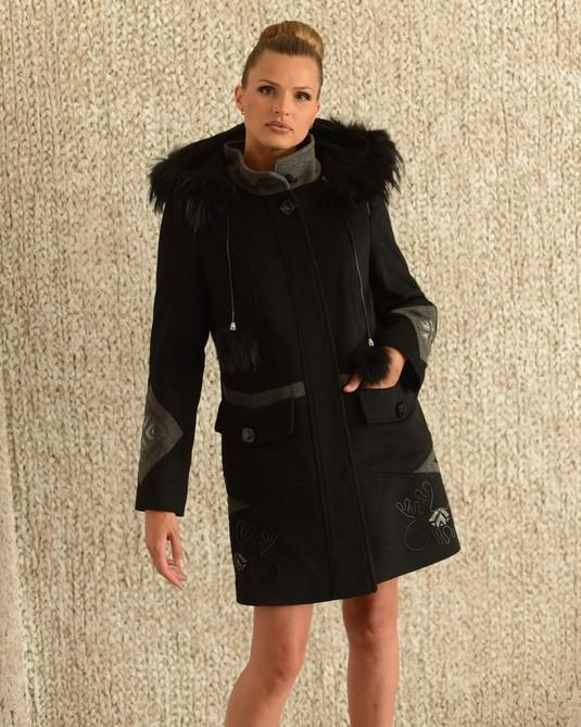 Пальто олени черное