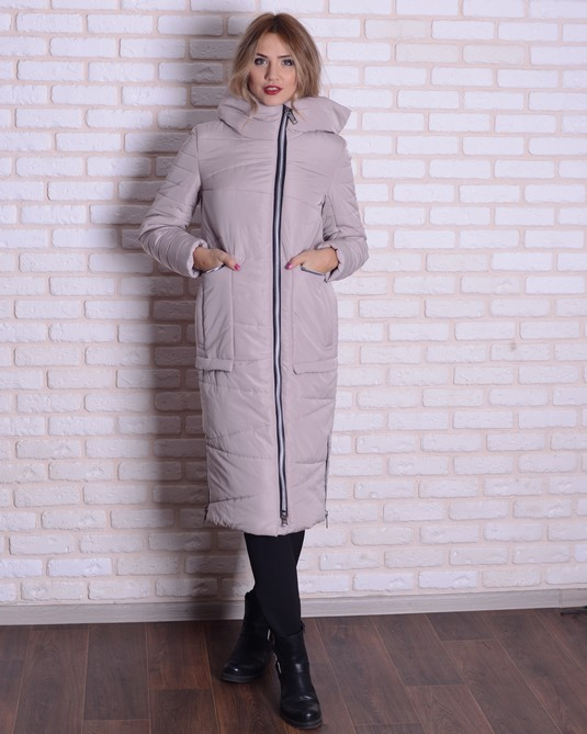 Зимняя длинная куртка беж