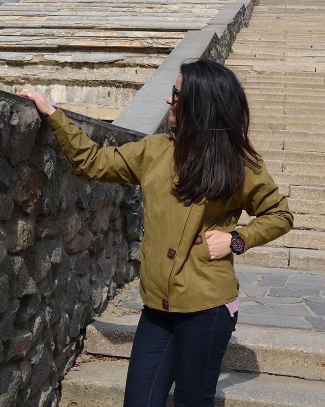 Ветровка с капюшоном каттон