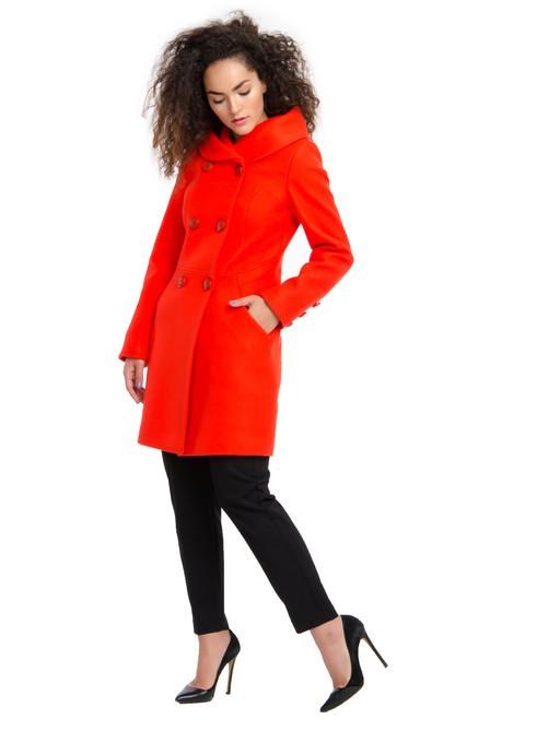 Пальто приталенное с капюшоном каенский перец