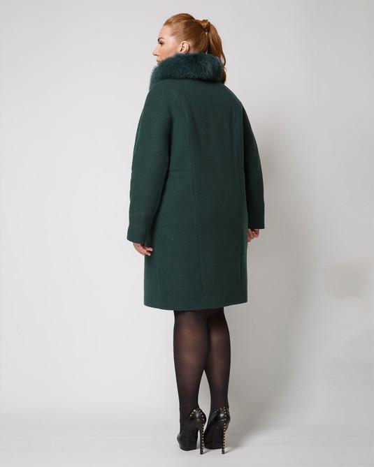 Зимнее пальто зеленое