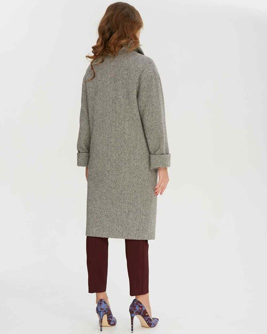 Пальто на запах серое