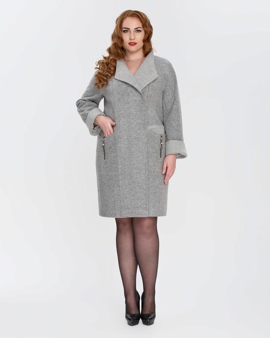 Пальто с отделкой серое