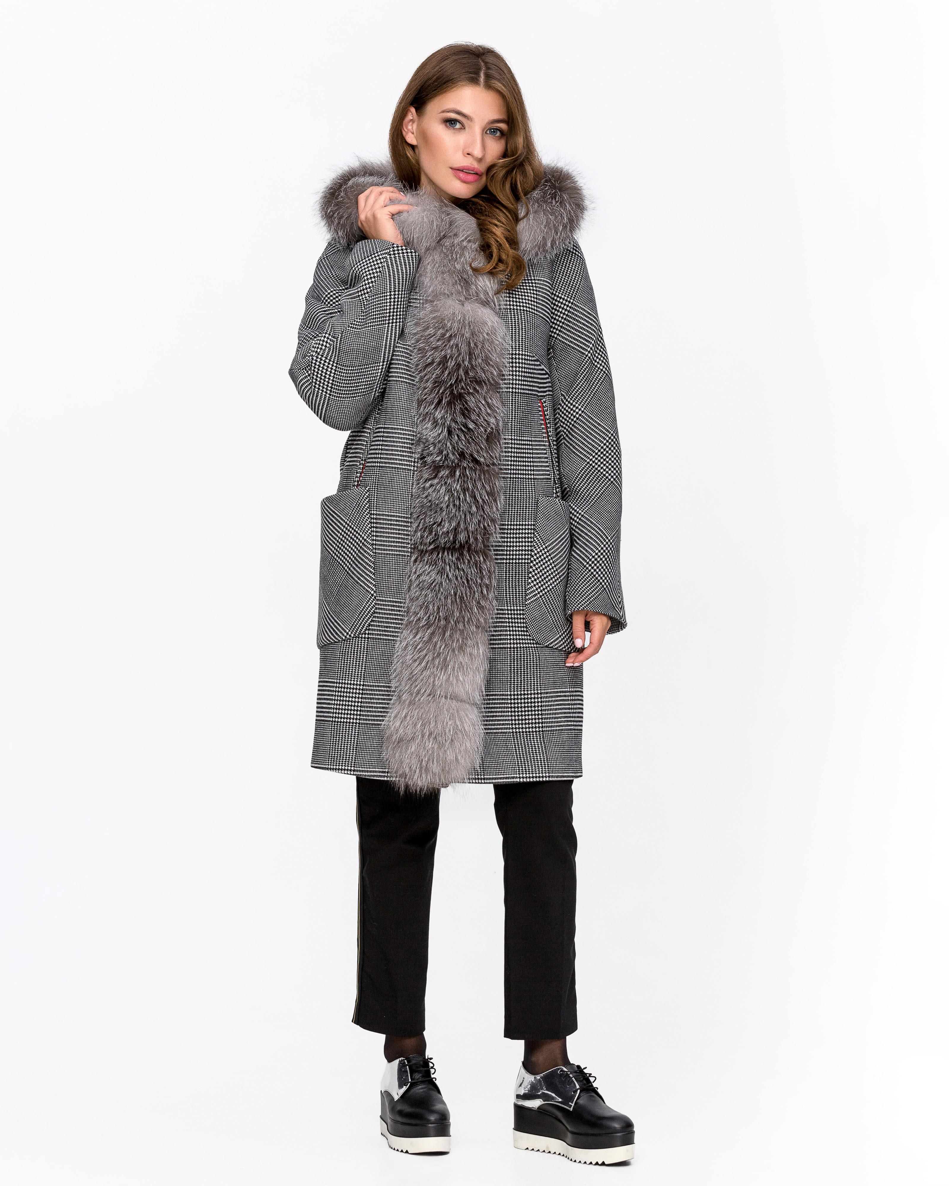 Пальто зимнее клетка с мехом