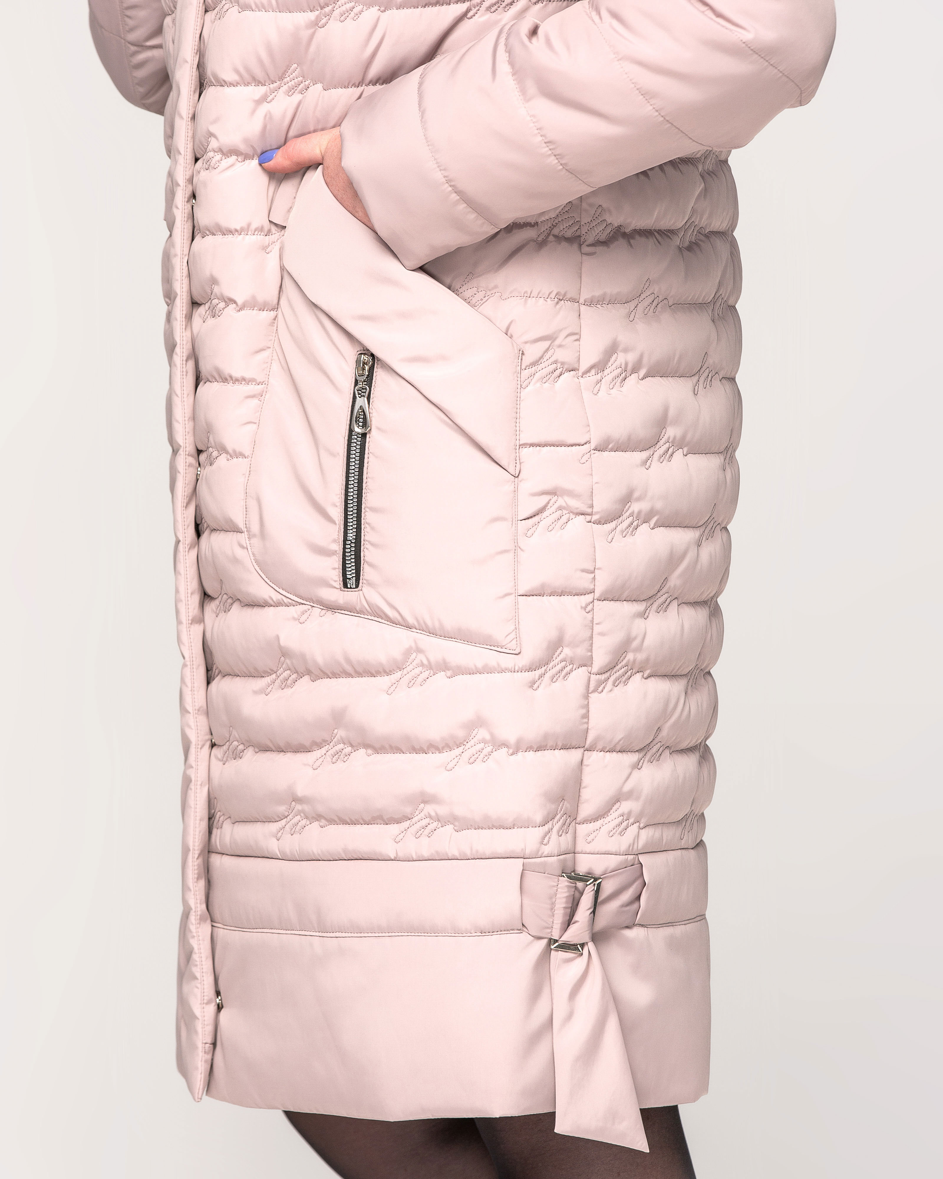 Куртка со сьемным капюшоном