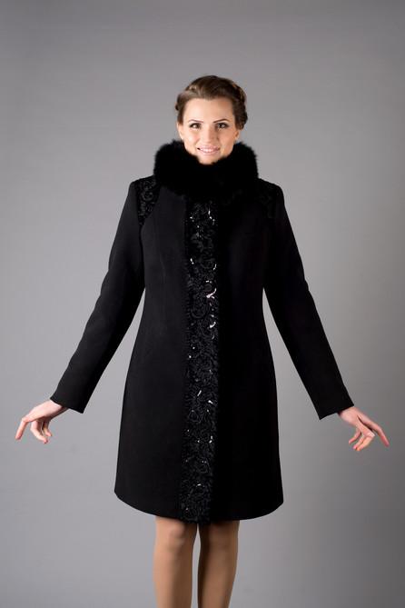 Зимнее пальто паетки черное