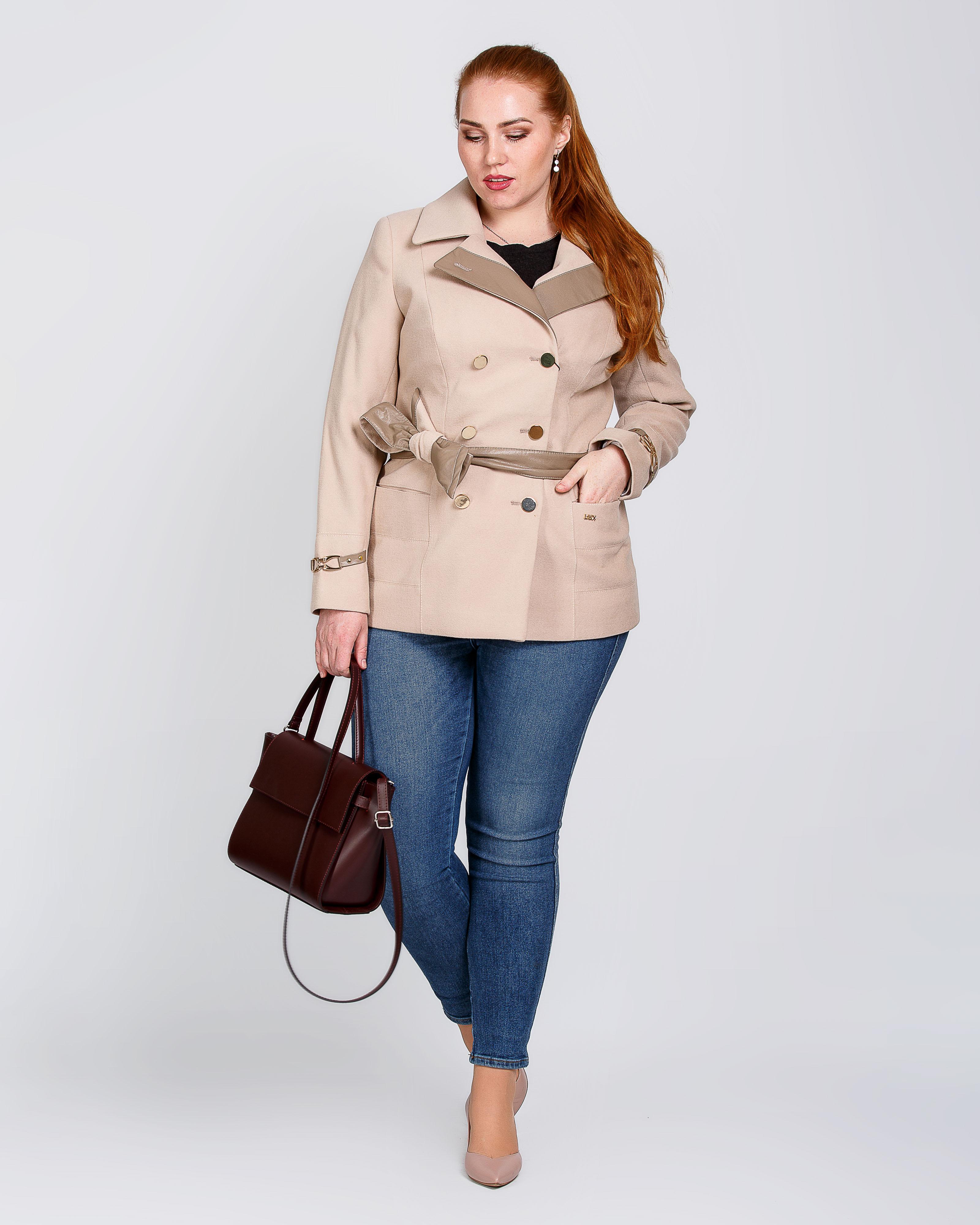 Пальто с кожей
