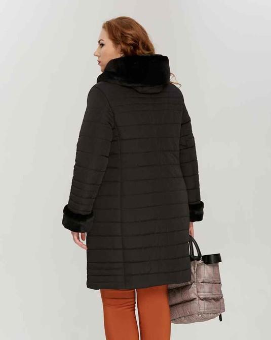 Куртка зимняя с капюшоном черный