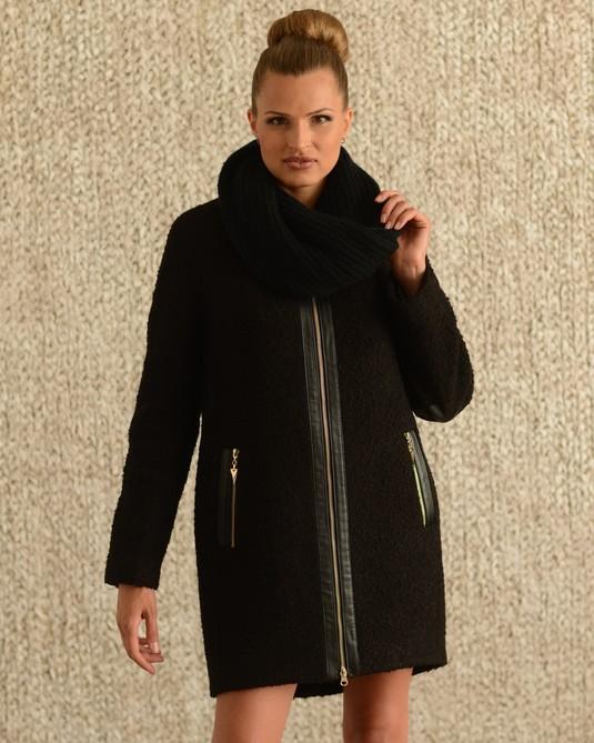 Пальто с хомутом черный