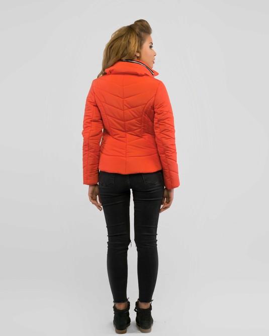 Короткая куртка демисезон коралл