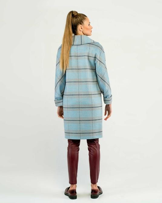 Пальто в клетку голубое
