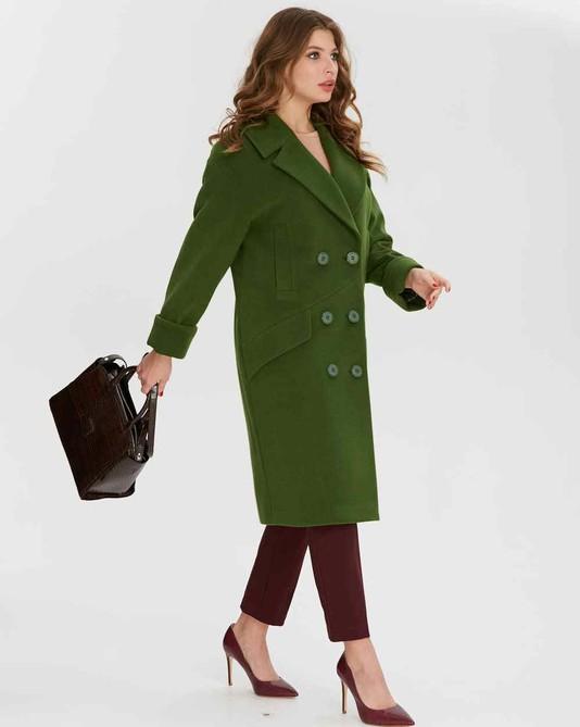 Пальто двуборт зеленое