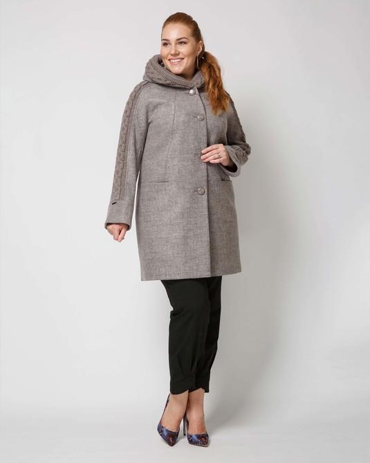 Пальто  с трикотажем пудра