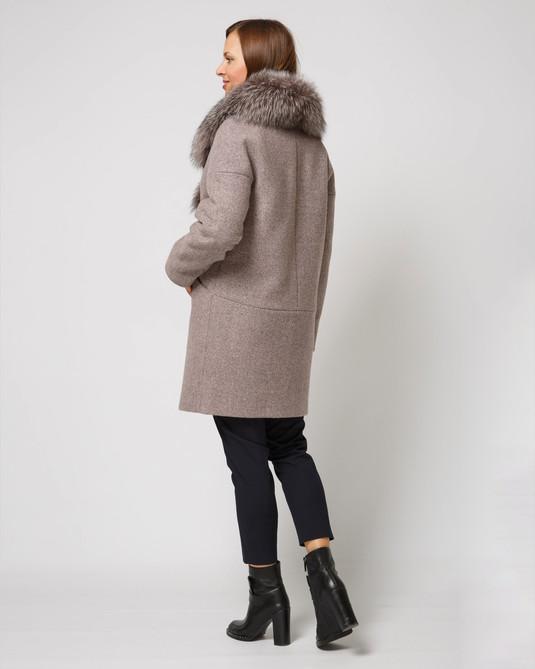 Зимнее пальто пудра