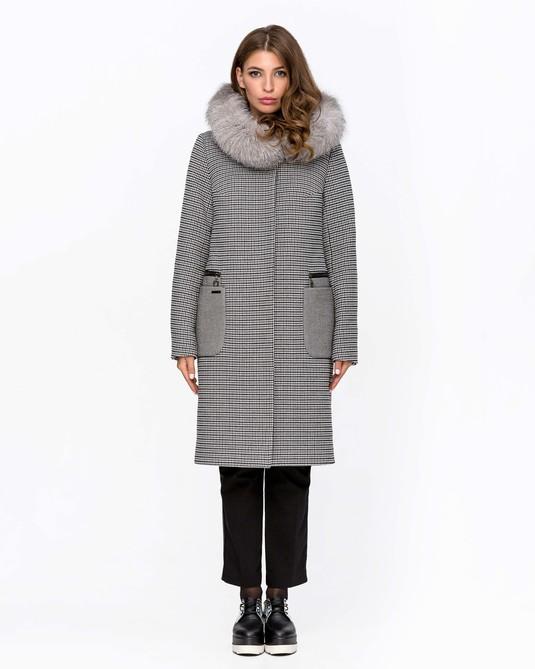 Зимнее пальто с мехом клетка серое