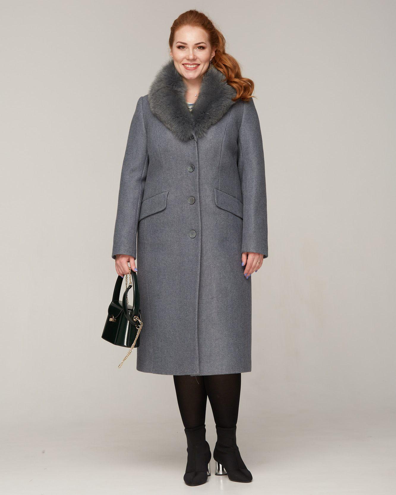 Пальто зимнее с меховой шалью