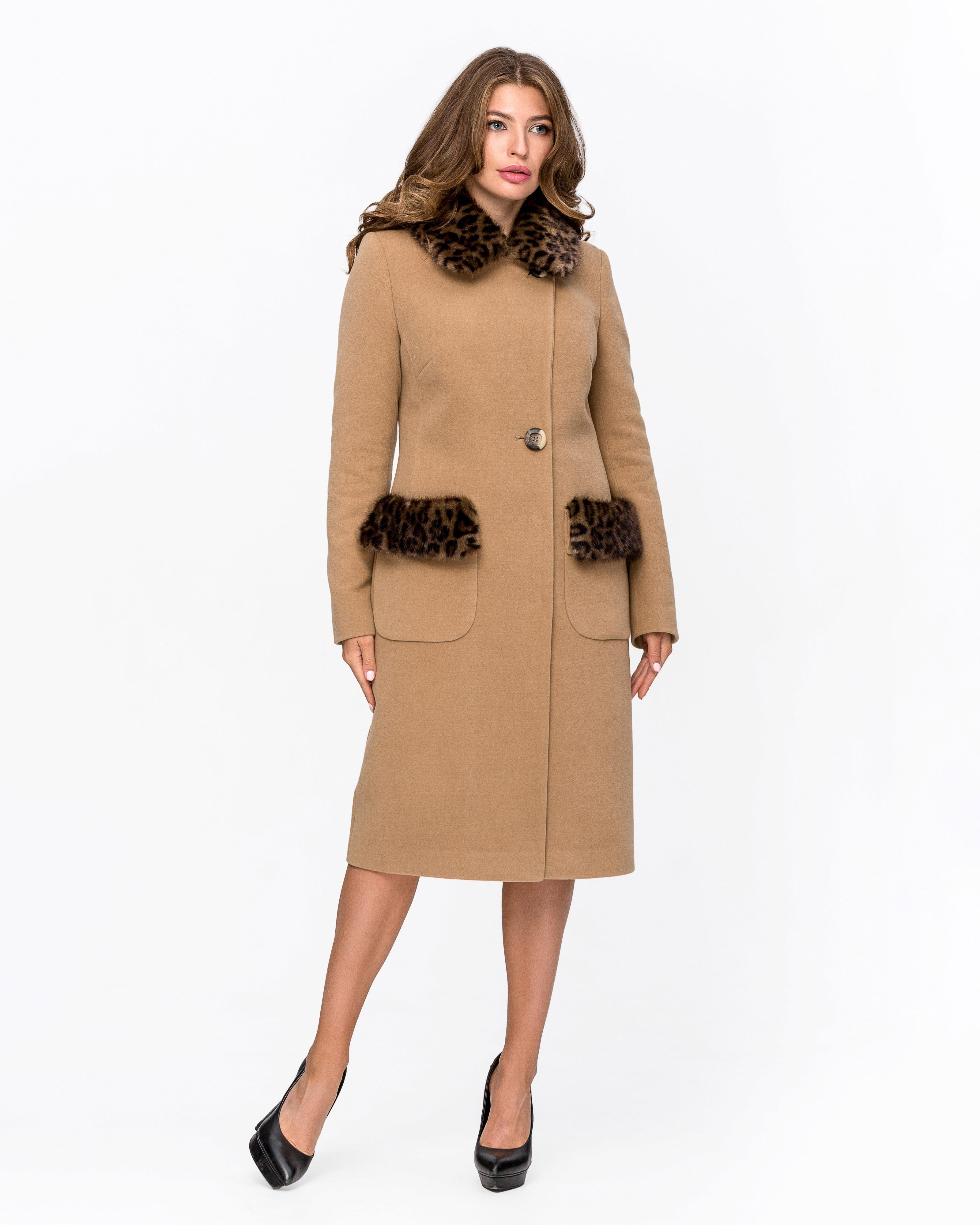 Пальто зимнее с мехом Леопард