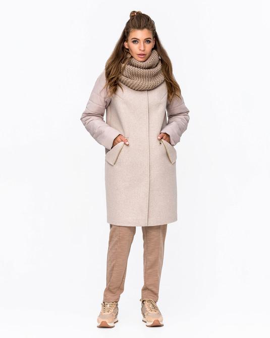 Демисезонное пальто с хомутом беж