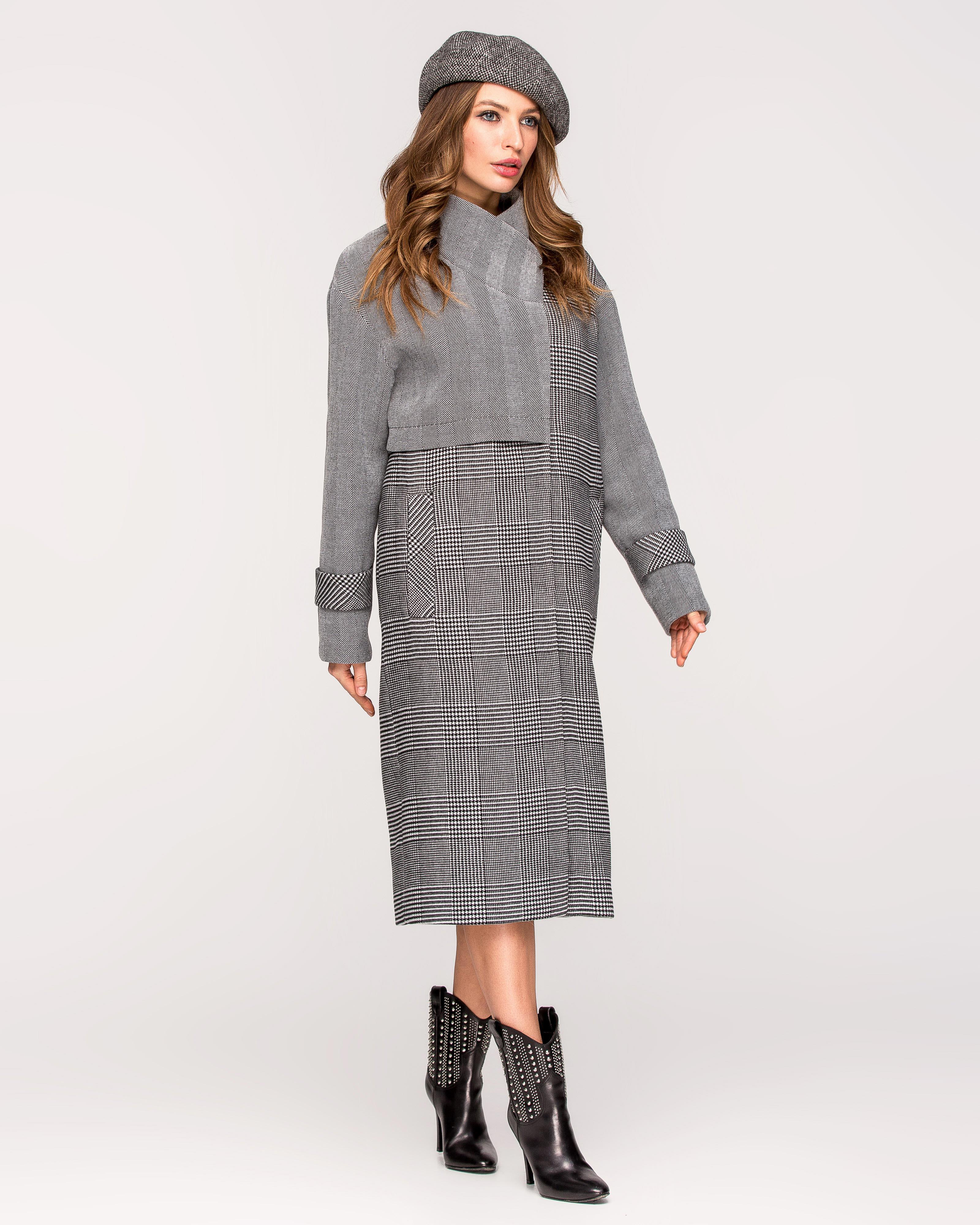 Пальто с баской