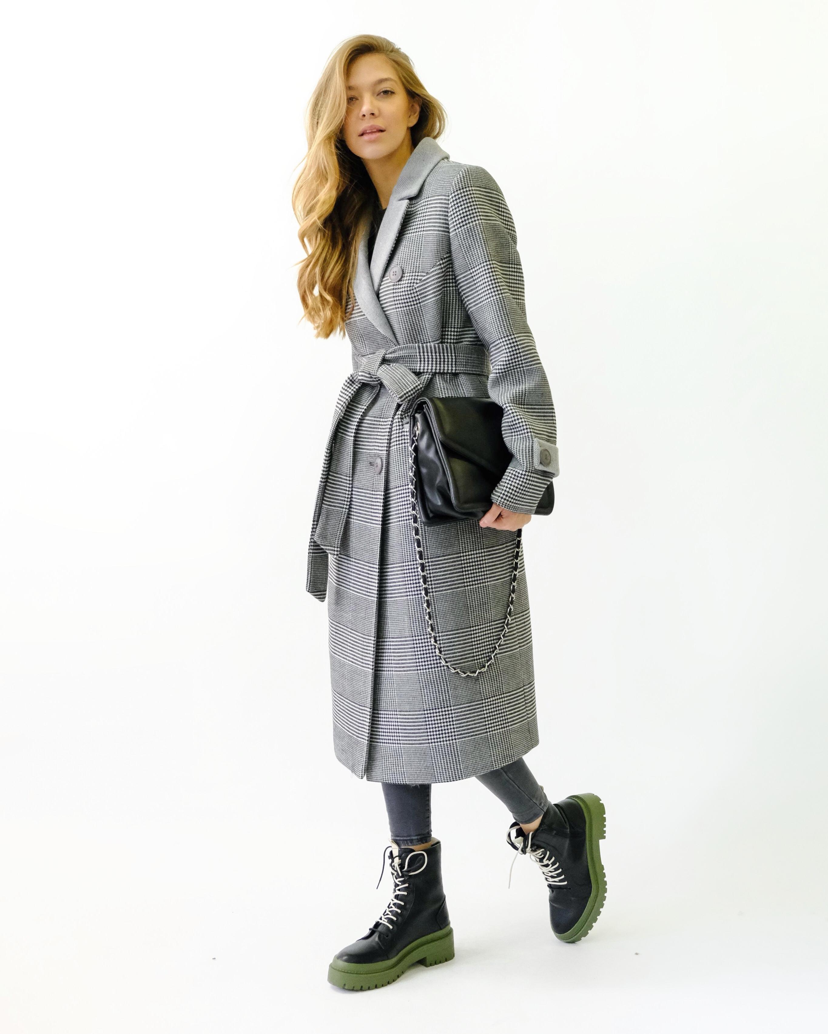 Пальто макси двубортное