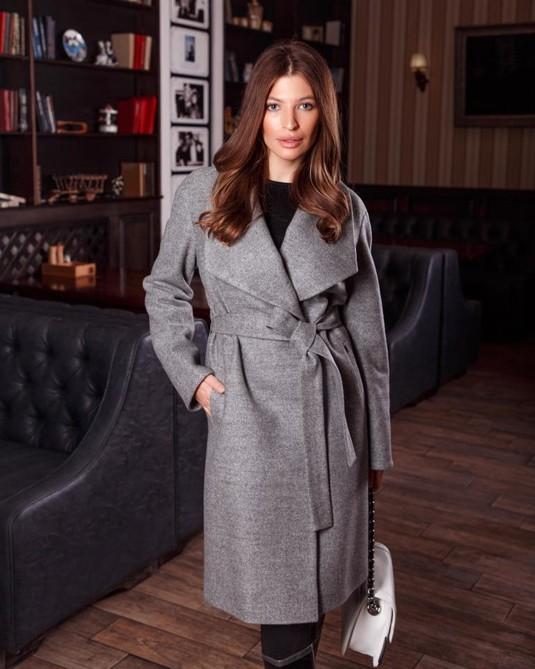 Пальто с шалевым воротником серый