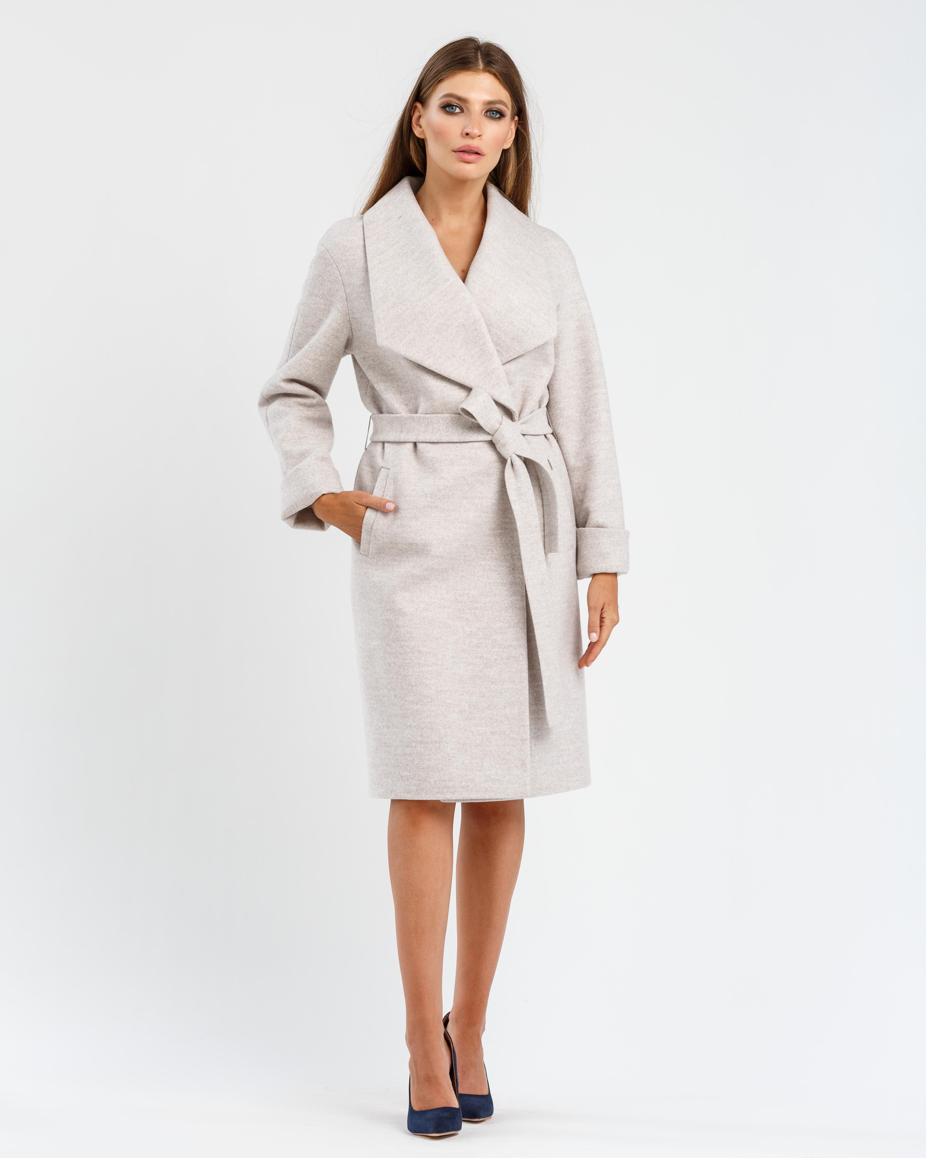 Пальто с шалевым воротником