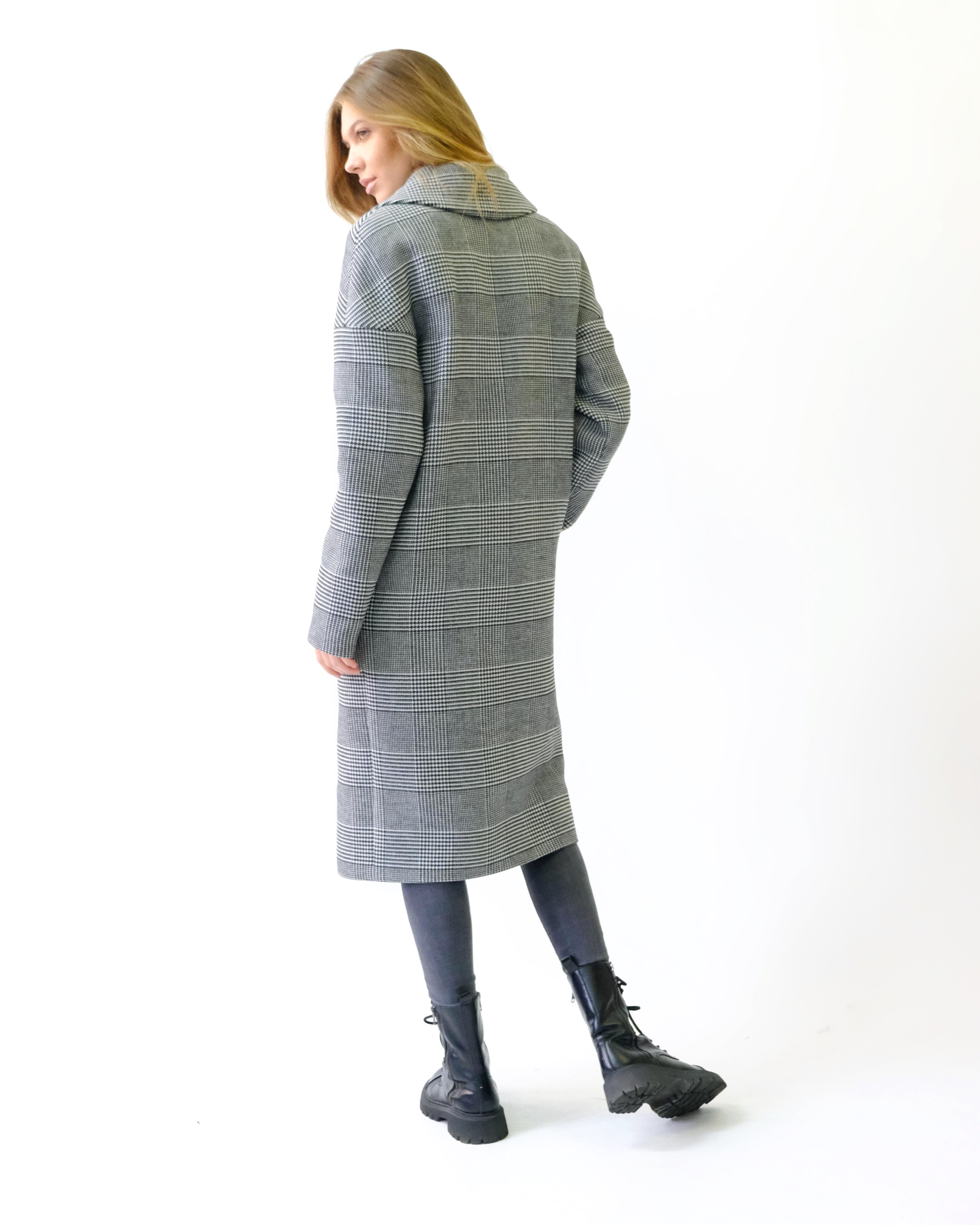 Классическое пальто свобного кроя
