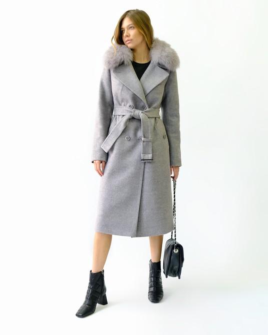 Зимнее классическое пальто пудра